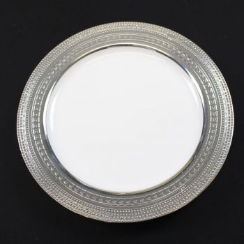 """120 x 9""""  White Strong Plastic Plates - Deluxe Silver Trim"""